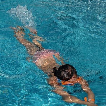 Schwimmkurse für leicht Fortgeschrittene